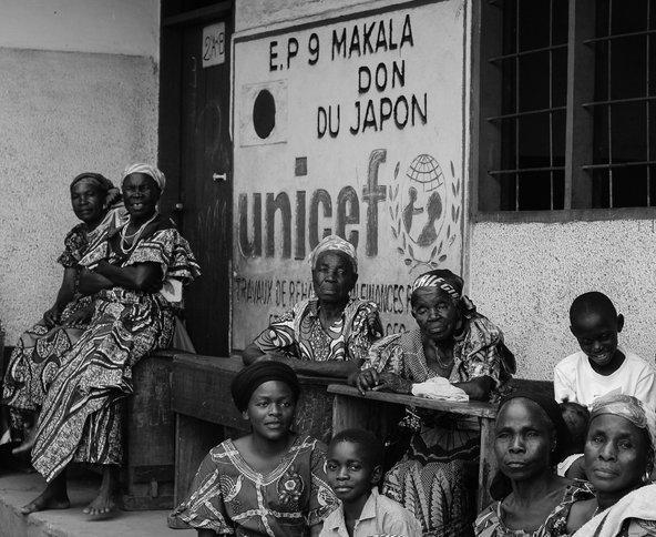 Women and children in Kinshasa