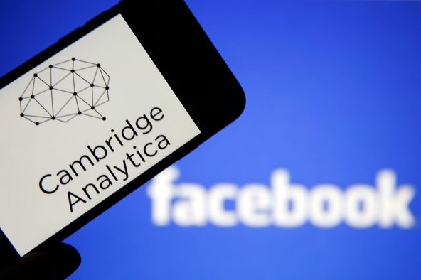 Cambridge Analytica and Facebook. Photo by Chesnot/Getty Images